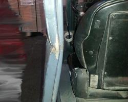 1. В октябре 2014 к нам на ремонт поступил погрузчик Jungheinrich EFG215, у которого в результате удара в заднюю стойку защитной рамы согнуло данную стойку…